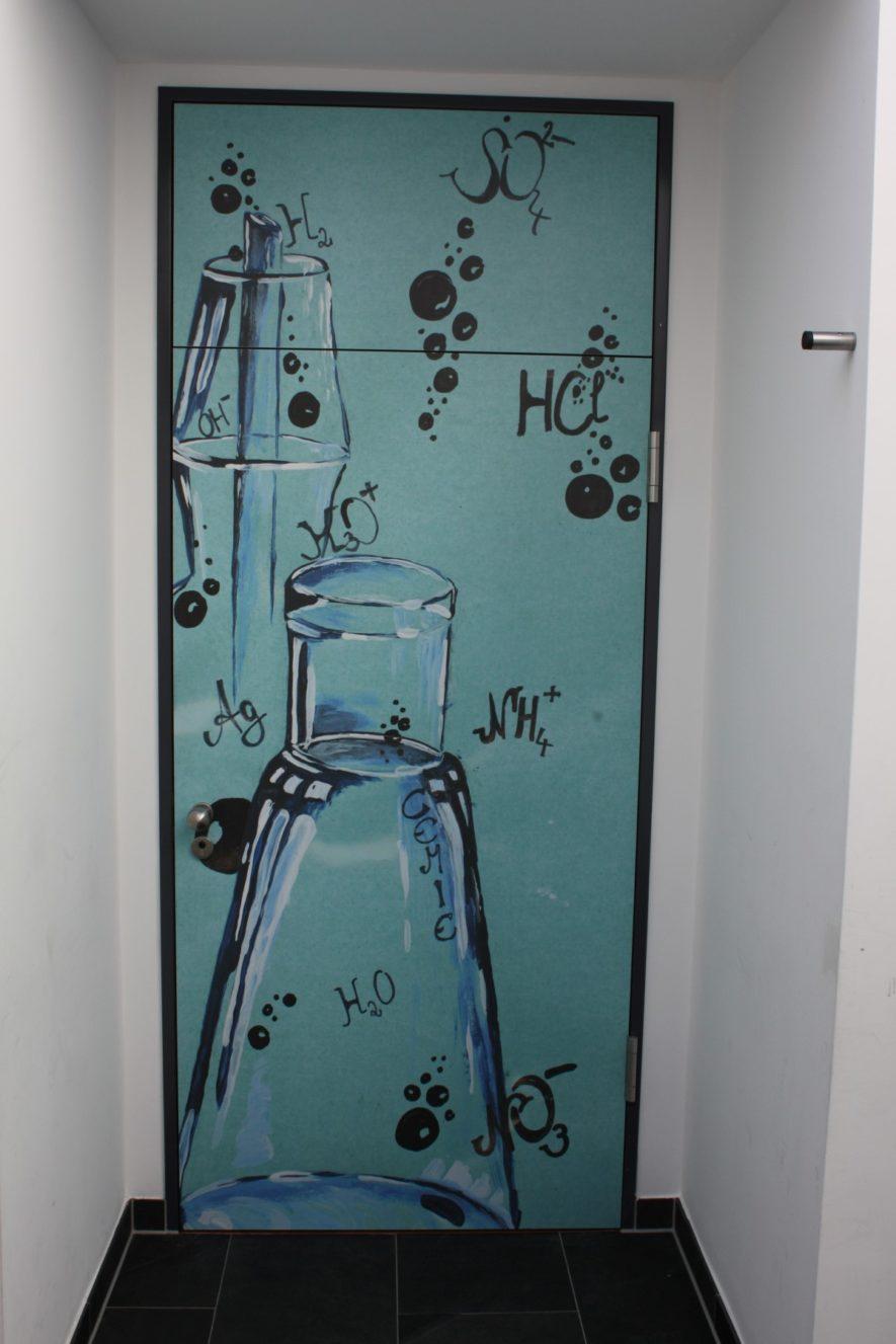 Tür Chemiesaal