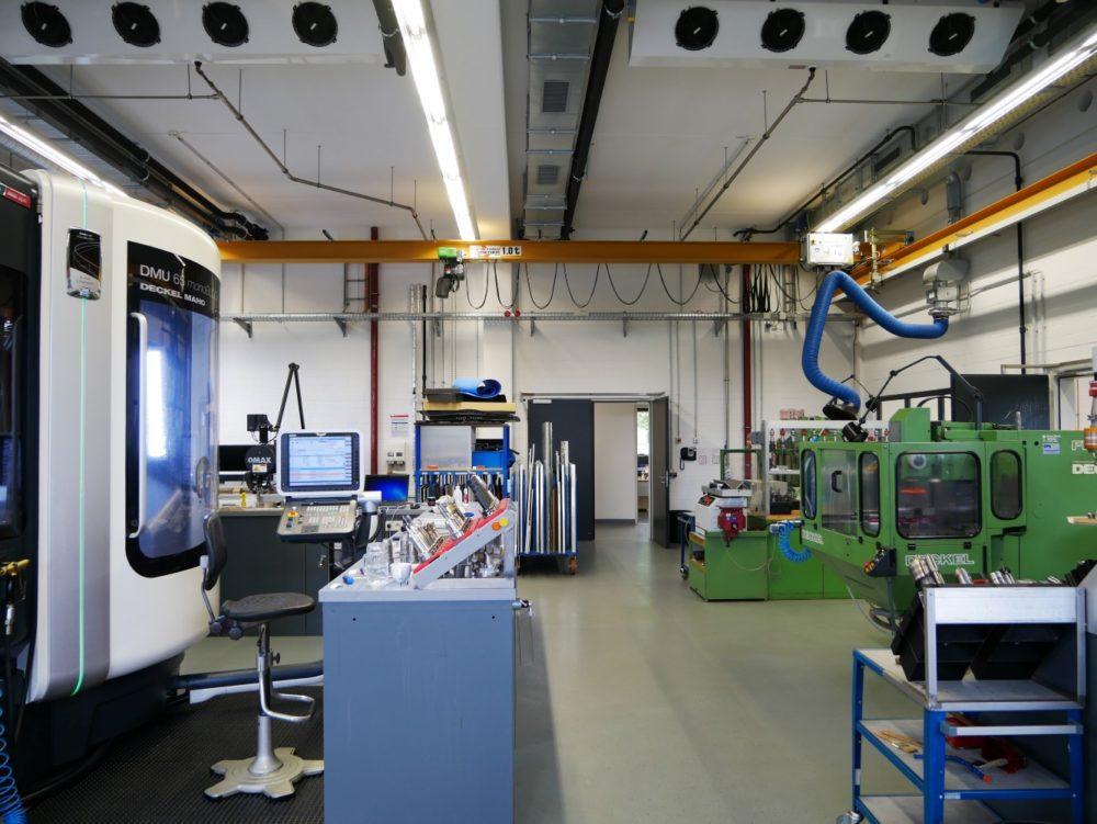 Werkstatt mit Kranbahn