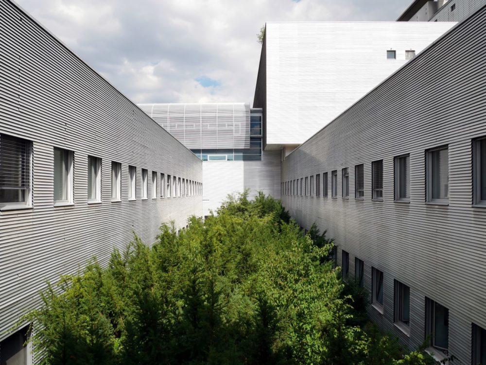 Audiometrie Großhadern - Innenhof