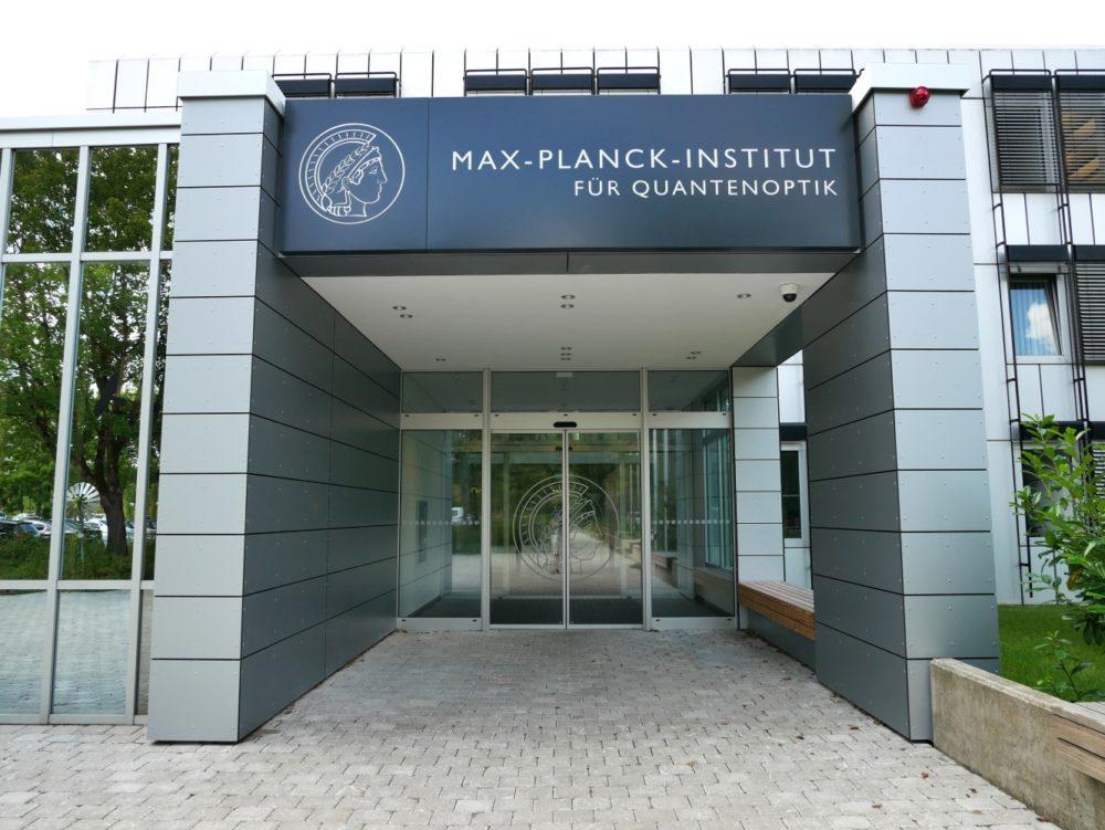 Haupteingang MPQ